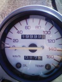 F1000601